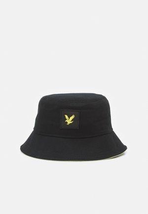 CONTRAST BUCKET HAT UNISEX - Klobouk - black