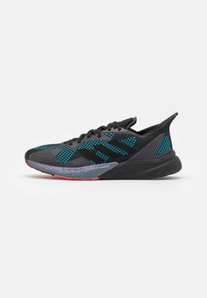 X9000L3 BOOST SPORTS RUNNING SHOES UNISEX - Trainers - core black/grey three