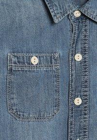 GAP - BOYS SHRT - Skjorter - dark blue denim - 2