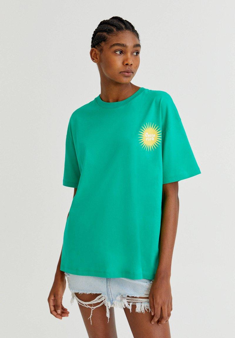 PULL&BEAR - Print T-shirt - light green
