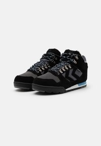 Hummel - NORDIC ROOTS FOREST MID UNISEX - Sneakersy wysokie - black - 1