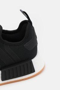 adidas Originals - NMD R1 PRIMEBLUE UNISEX - Trainers - core black - 5