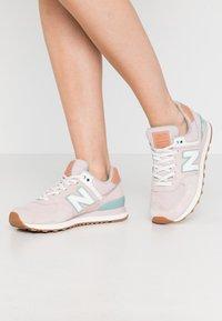 New Balance - WL574 - Zapatillas - pink - 0