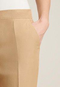 Luisa Spagnoli - AUTORE - Trousers - cammello - 2