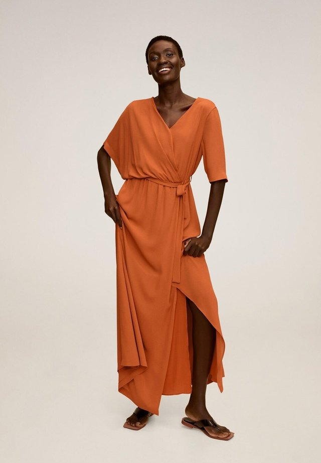 DUDDY-A - Długa sukienka - orange