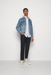 JOOP! Jeans - HELI - Chemise - open white - 1