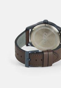 HUGO - REAL - Watch - braun - 1