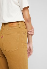 Levi's® - RIBCAGE STRAIGHT ANKLE - Straight leg jeans - one track mind - 4