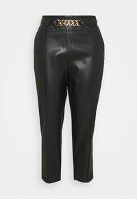 CIGARETTE CHAIN BELT PANT - Trousers - black