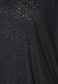 ONLY Play - ONPJIVAN CURVED V NECK BURNOUT CURVY - Print T-shirt - blue graphite - 6