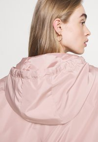 ONLY - ONLLOUISA SPRING JACKET - Lett jakke - adobe rose - 4
