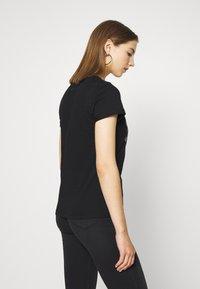 b.young - BXSEMONE TURN UP - Print T-shirt - black - 2
