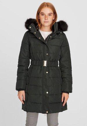 MIT GÜRTEL - Winter coat - green