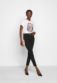 Pinko - SUSAN TROUSERS - Jeansy Skinny Fit - black - 1