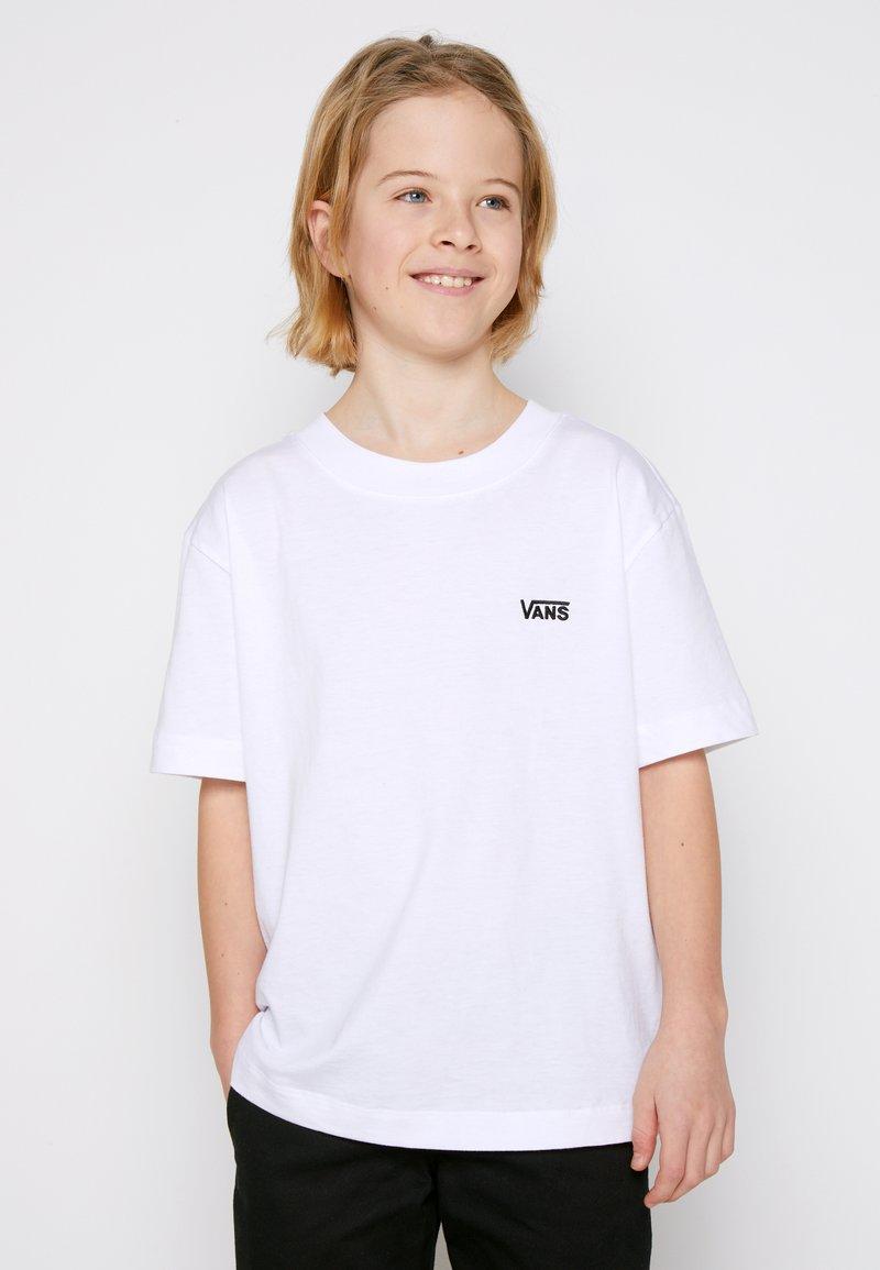 Vans - BY LEFT CHEST TEE BOYS - T-shirt basic - white