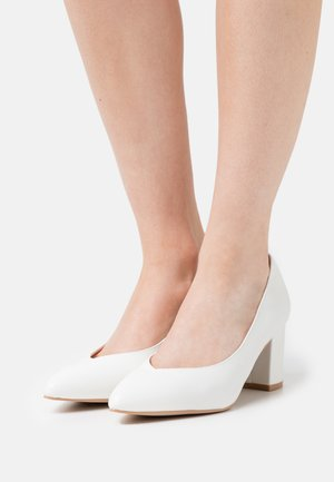 WIDE FIT JULES - Klassiske pumps - white