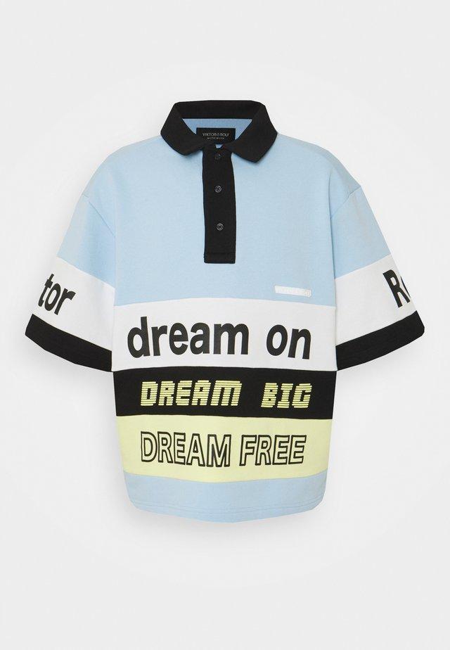 DREAM ON - Polo shirt - light blue