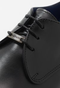 Azzaro - DOPING - Smart lace-ups - noir - 5
