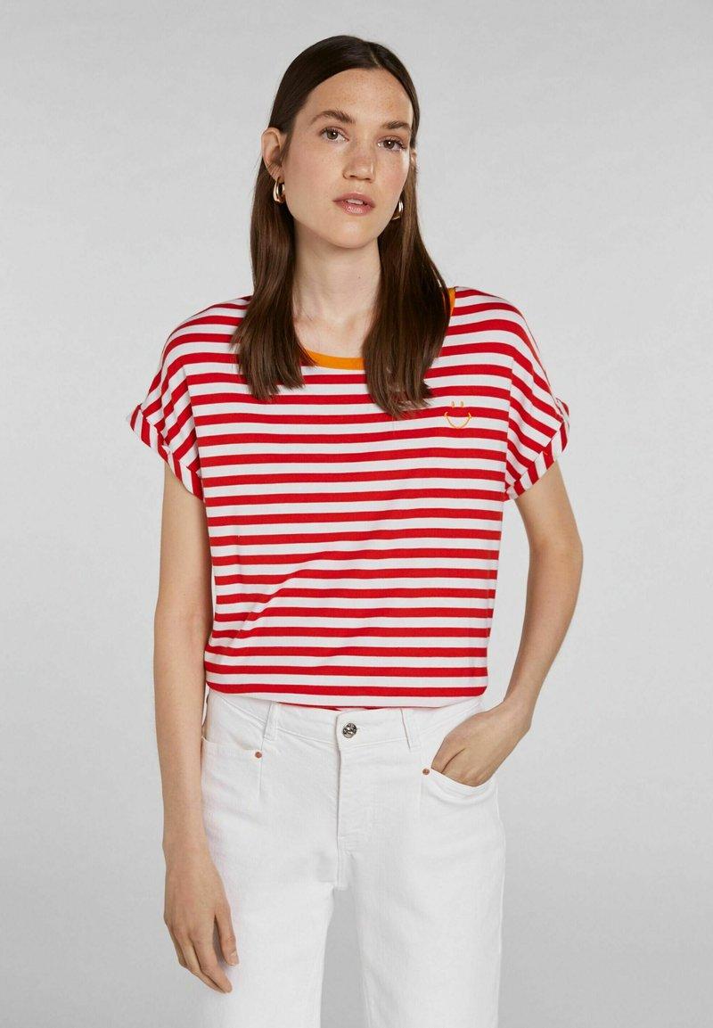 Oui - Print T-shirt - white red