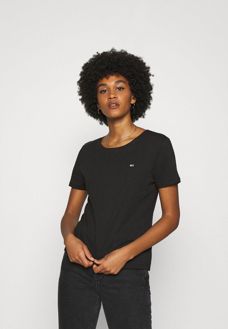 Tommy Jeans - SLIM CNECK - T-shirts basic - black