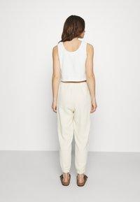 American Vintage - KYOBAY - Trousers - naturel - 2