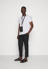 JOOP! Jeans - SIRENO - Camiseta estampada - white - 1