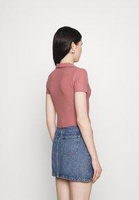 Trendyol - Basic T-shirt - rose - 2