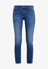 Marc O'Polo - TROUSER MID WAIST - Jeans straight leg - blue wash - 3