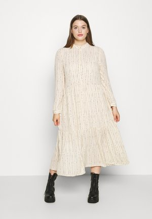 Robe longue - tapioca