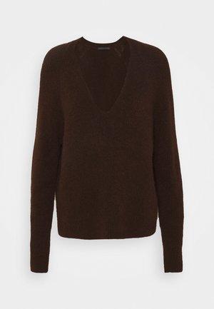 LINNIE - Sweter - braun