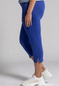 Ulla Popken - Leggings - Trousers - dunkles azurblau - 2