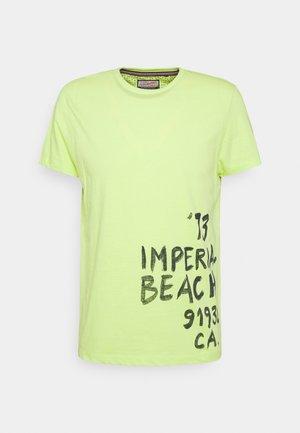 Print T-shirt - fresh grape