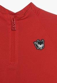 SuperRebel - BOY GIRLS SKI PULL BADGE - Sports shirt - neon red - 5