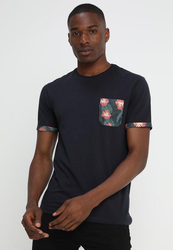 Pier One T-shirt z nadrukiem - dark blue/granatowy Odzież Męska FSRS