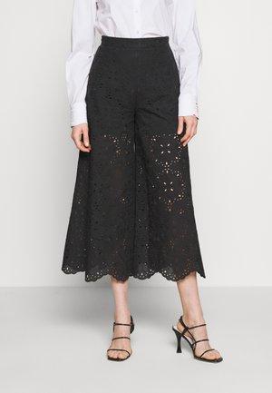 PANT - Kalhoty - fantasia nera