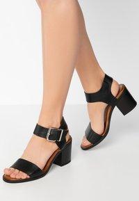 Inuovo - Sandals - black blk - 0