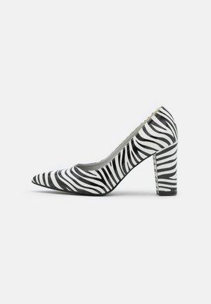 ANAIYA - Tacones - white/black