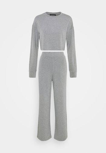 SWEAT SET WIDE LEG TROUSER - Tracksuit - mottled grey