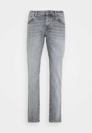 CLOCK ON LIGHT - Slim fit jeans - grey denim