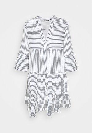 VMHELI 3/4 SHORT DRESS TALL - Denní šaty - snow white/navy blazer