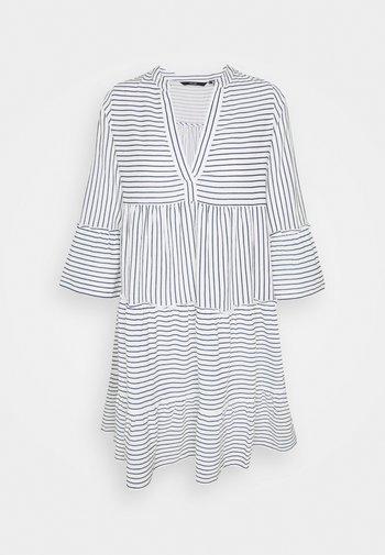 VMHELI 3/4 SHORT DRESS TALL - Kjole - snow white/navy blazer
