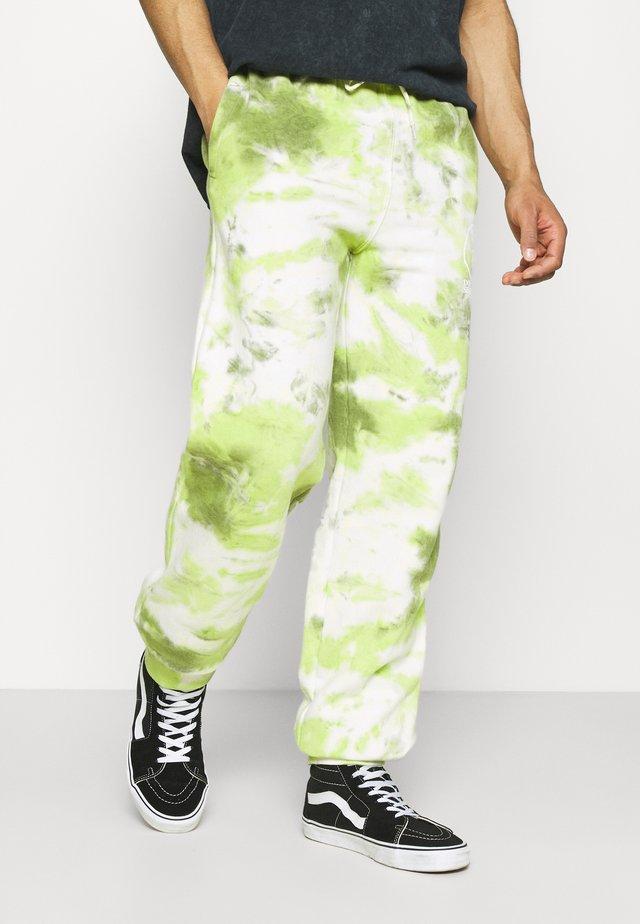 DOS SEGUNDOS GRAPHIC JOGGER - Teplákové kalhoty - green