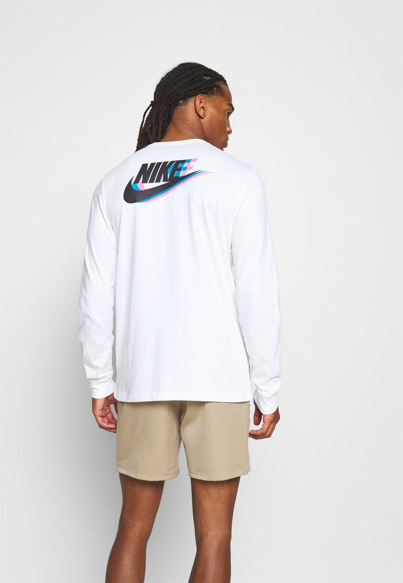 Nike Sportswear - TEE - Långärmad tröja - white