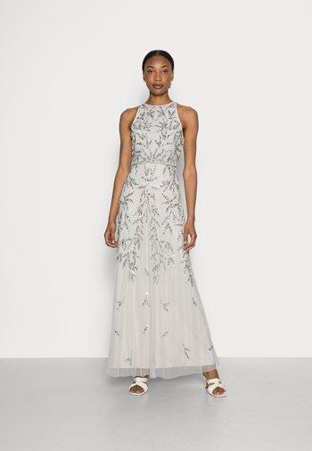 HIGH NECK EMBELLISHED MAXI DRESS - Suknia balowa - soft grey
