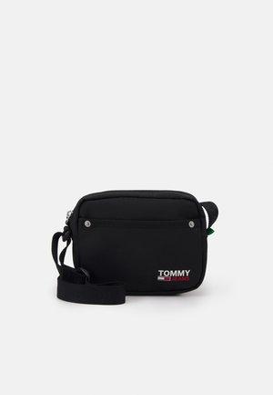 CAMPUS CROSSOVER - Across body bag - black