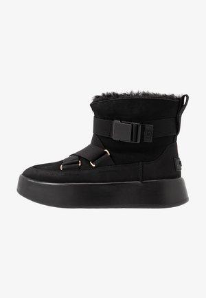 CLASSIC BOOM BUCKLE - Ankelboots - black