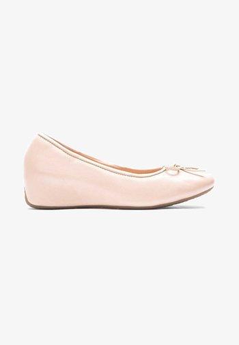 NELLA - Ballet pumps - beige