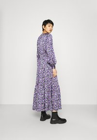 Résumé - CRUISE DRESS - Day dress - purple - 2