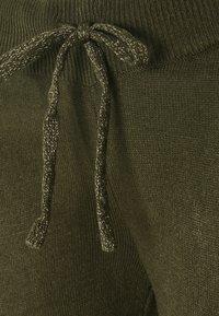 ONLY - ONLAUBREE LOOSE PANTS  - Tracksuit bottoms - kalamata - 5
