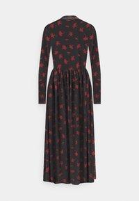 TOM TAILOR DENIM - PRINTED MIDI DRESS - Day dress - black - 1